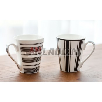 310ml black + white personality ceramic mug
