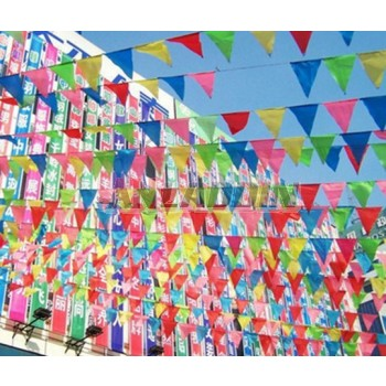 8M 20pcs holiday multicolor triangle flags series