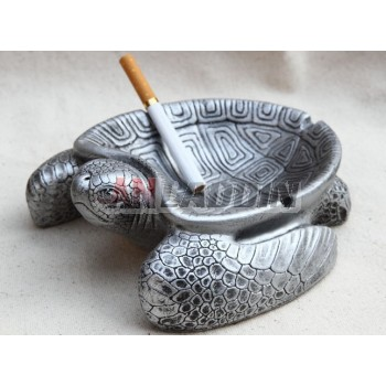Animal style personality ashtray