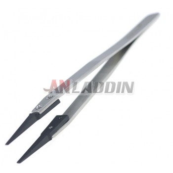 Anti-static flat nose tweezer