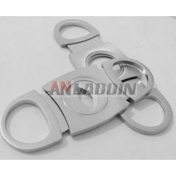 Classic stainless steel cigar cutter