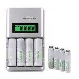 AA / AAA Rechargeable Battery Set / LCD Smart Fast Charger