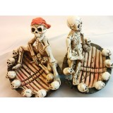 Multipurpose resin personality skeletons ashtray