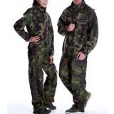 Split design camouflage raincoat